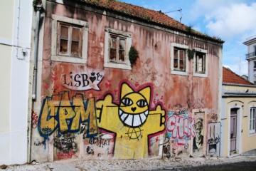 Street Art in den Straßen von Lissabon
