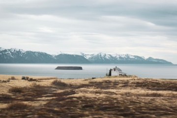 Einsames Fischerdorf in Island