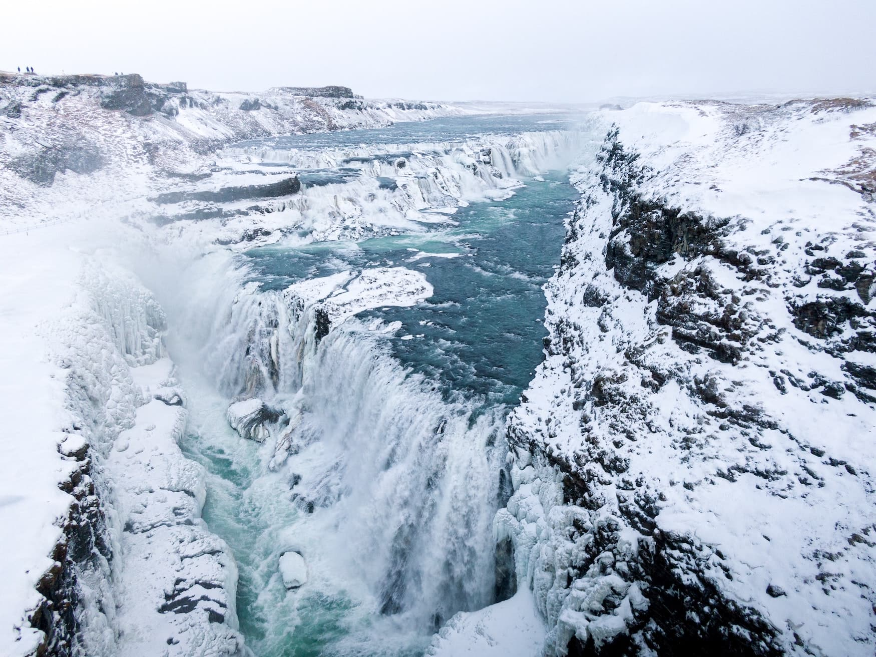 Gulfoss-Wasserfall im Winter