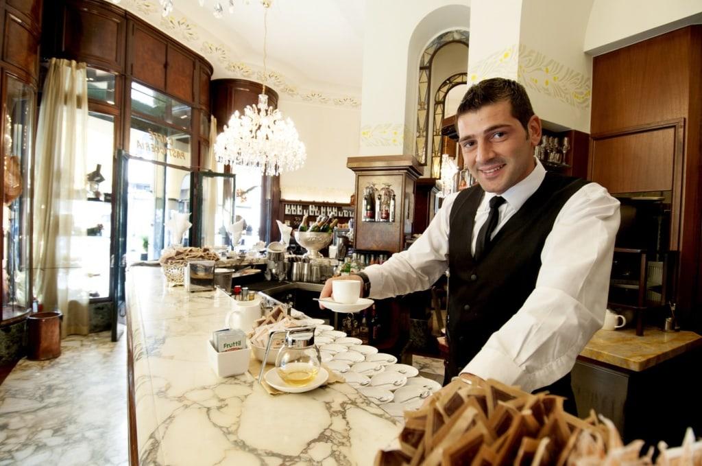 Ein frisch gerösteter Kaffee darf in Mailand nicht fehlen.