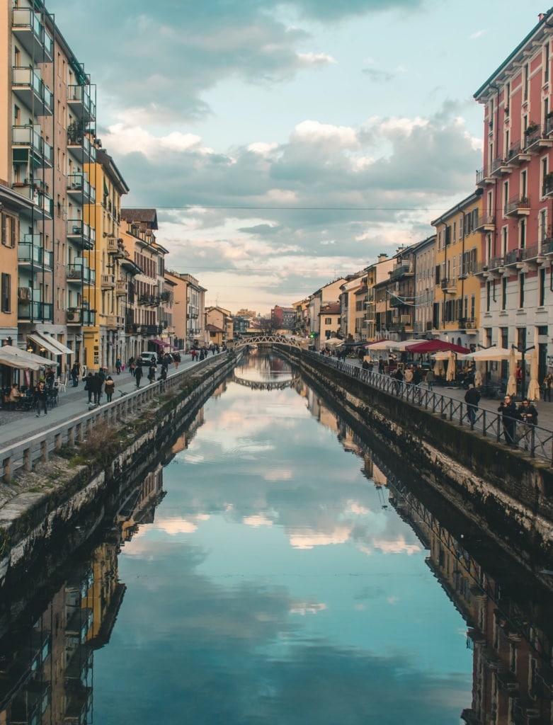 Das Navigli-Viertel ist eine der Viertel, die ihr in Mailand gesehen haben müsst.