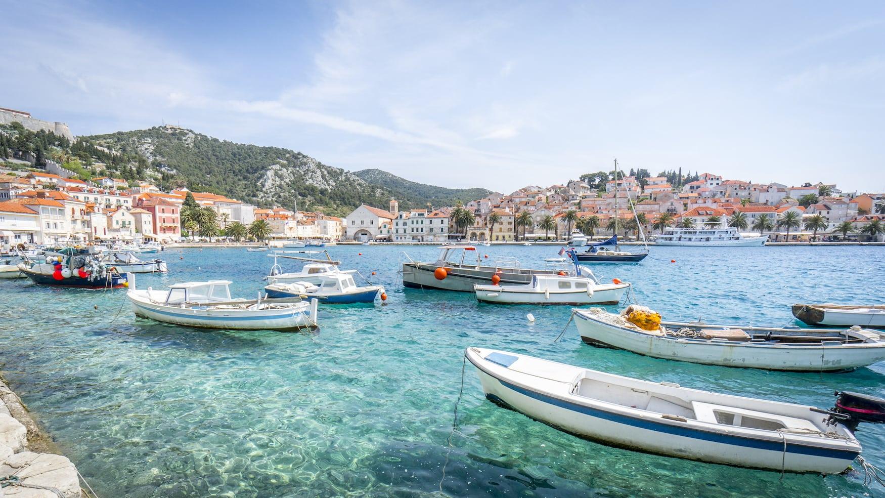 Hafen in Hvar, Kroatien