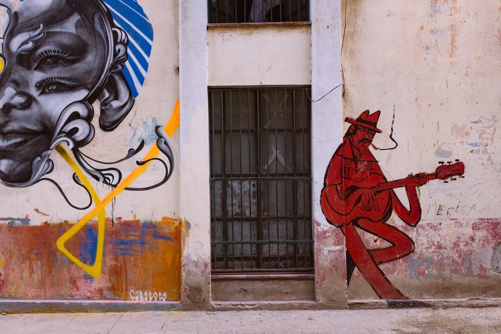 Street Art in den Straßen von New York. Zu sehen ein kubanischer Jazz-Spieler