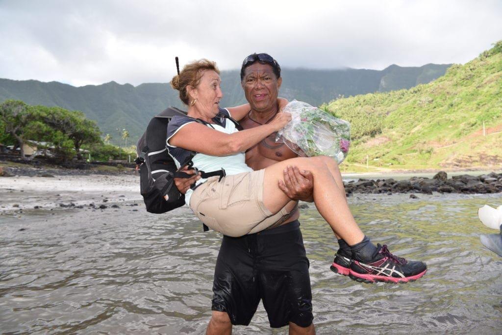 Auf den Marquesas wird man auf Händen getragen.