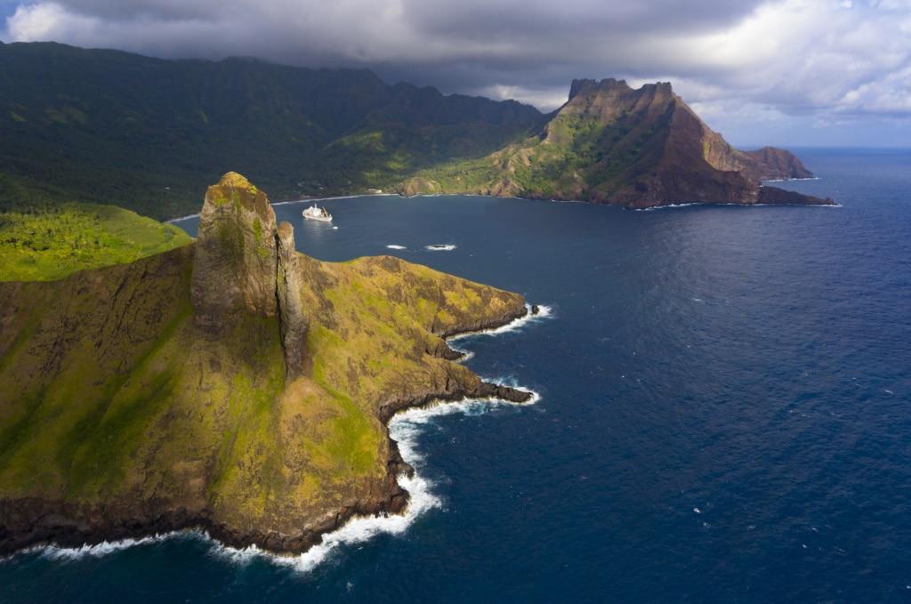 Die Inseln von Tahiti gleichen einem Paradies, die Aranui 5 steuert sie an.