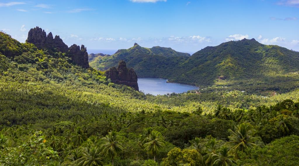 Weit abgelegen im Pazifik bieten viele der Inseln, die die Aranui 5 ansteuert, noch ein wahres Naturerlebnis.