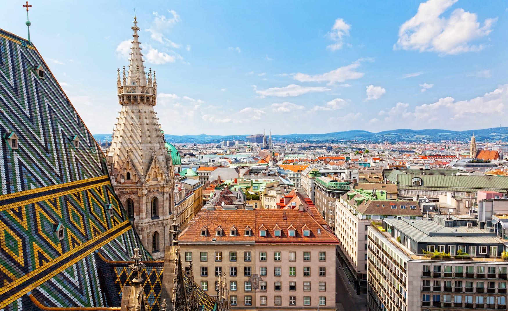 Blick auf Wien vom Stephansdom, Österreich