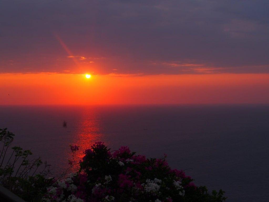 Magischer Sonnenuntergang Uluwatu