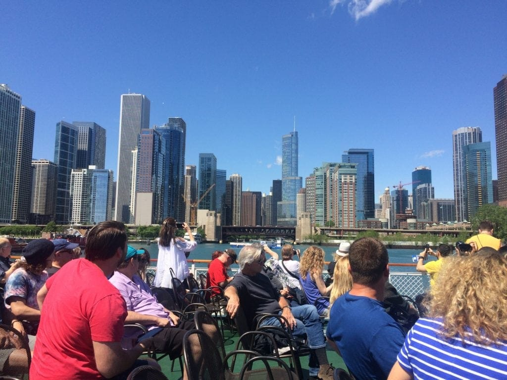 Architektur-Tour mit dem Schiff in Chicago