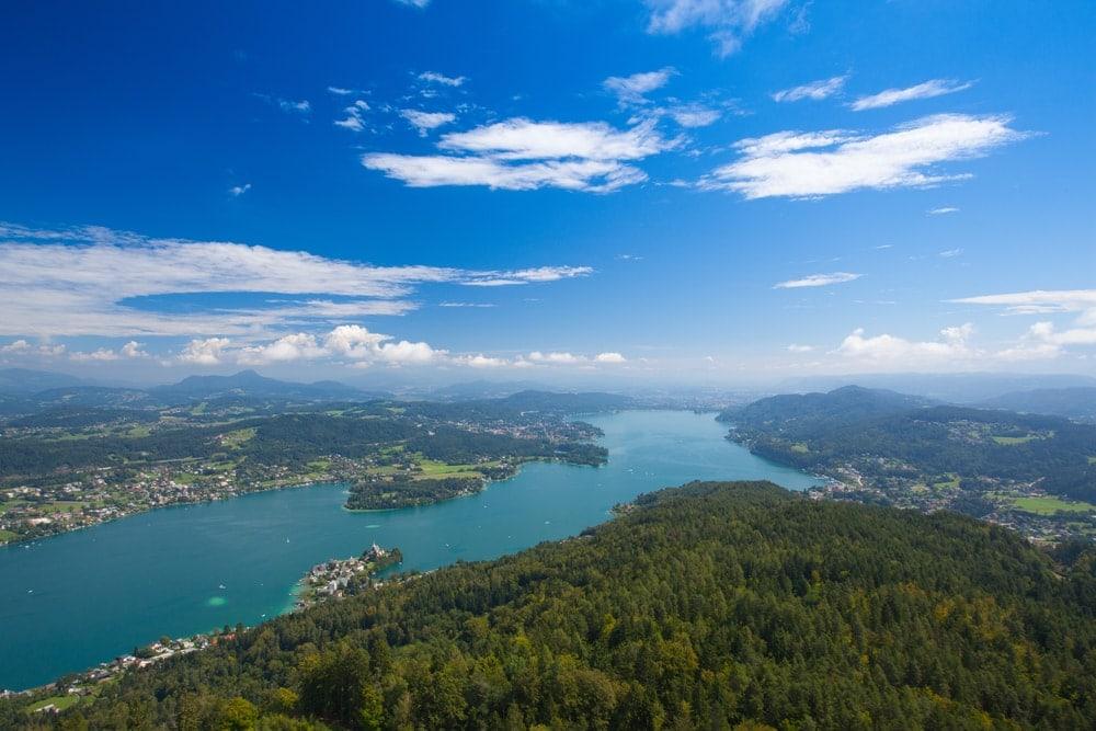 Unterwegs in Kärnten: Blick von der Pyramidenkogel auf den Wörthersee
