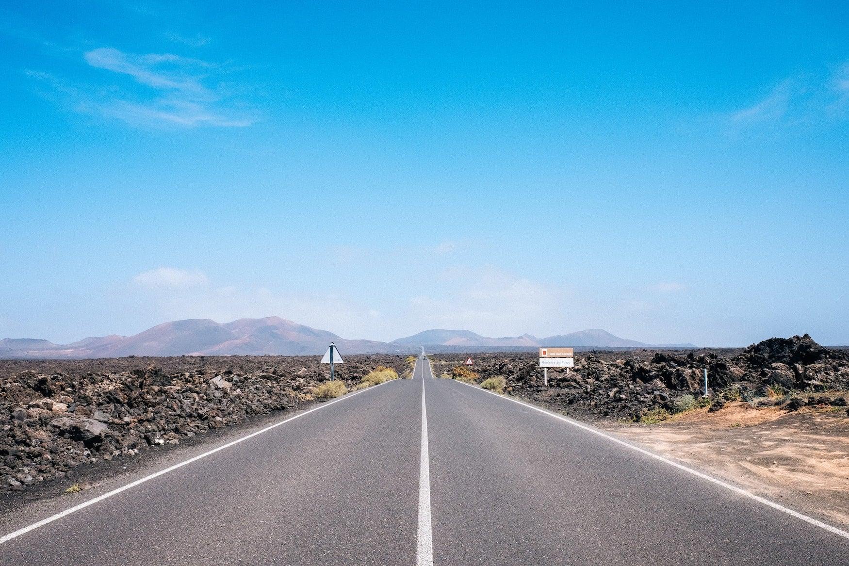 Unsere Lanzarote Tipps : Ein Auto mieten und über die Vulkaninsel fahren