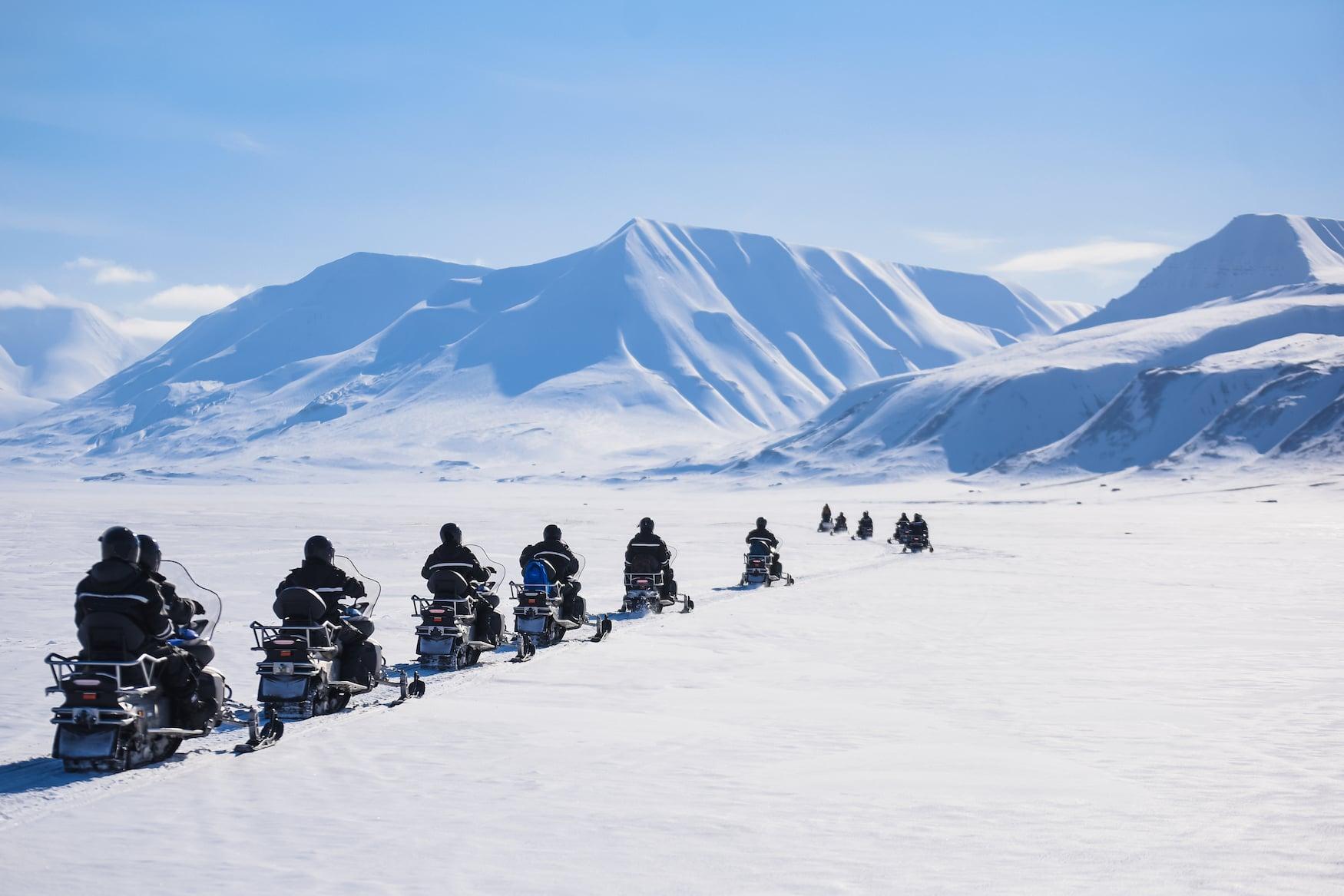 Schneemobil-Tour durch Svalbard in Norwegen