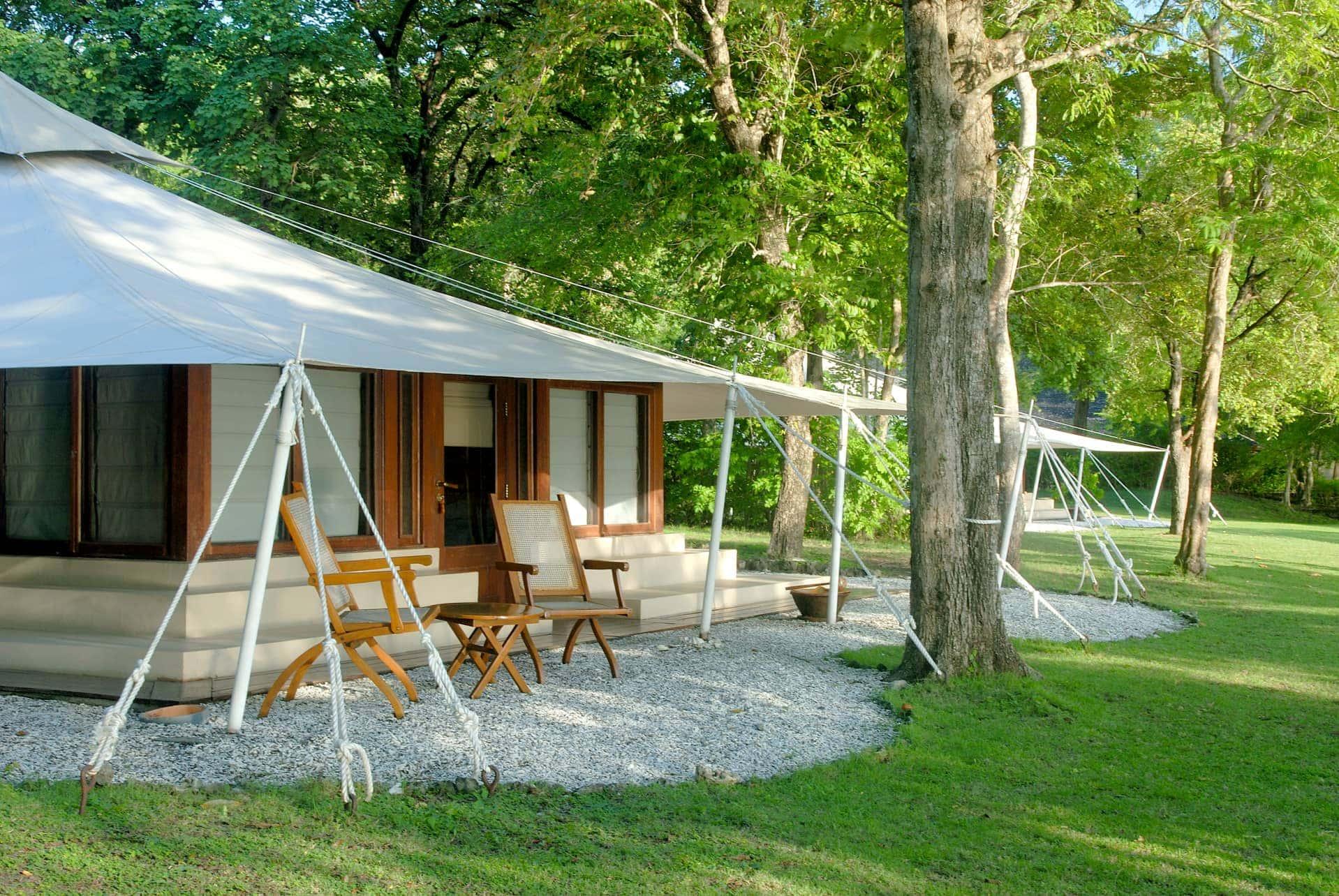 camping de luxe reisen exclusiv. Black Bedroom Furniture Sets. Home Design Ideas