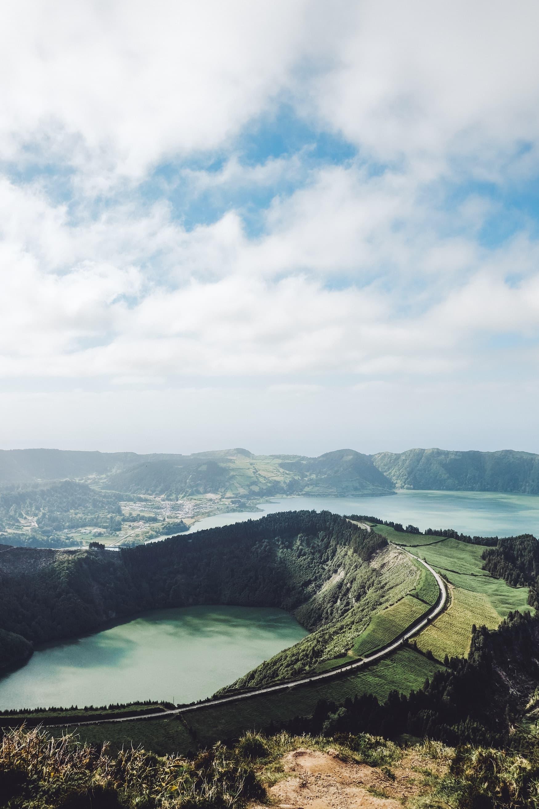 Vulkankrater auf den Azoren