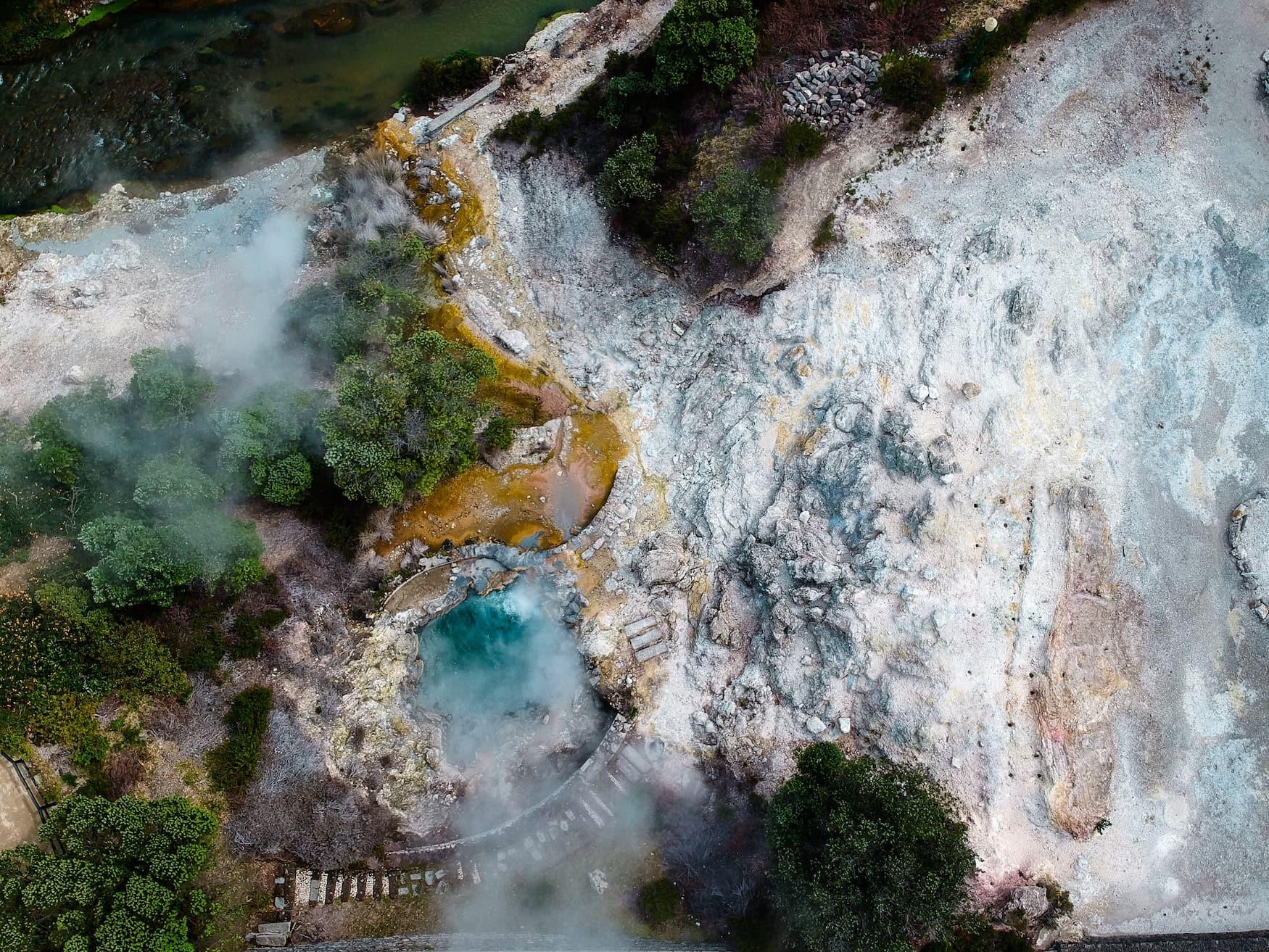 Vulkan aus der Vogelperspektive auf den Azoren