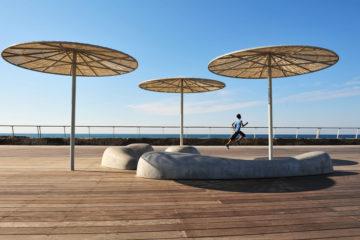 Jogger am Strand in Tel Aviv