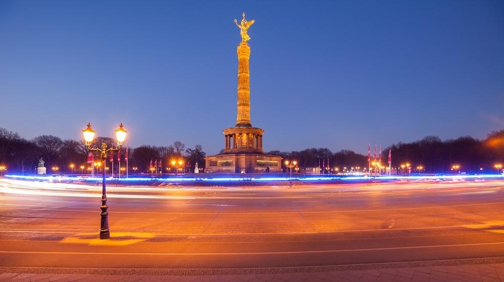 Siegessäule in Berlin bei Nacht