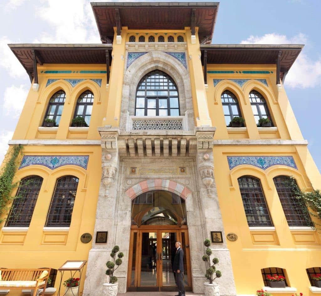 Im Gefängnishotel Four Seasons in Istanbul fühlt man sich alles andere als eingebuchtet.
