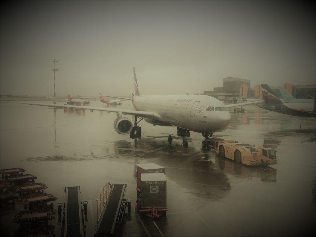Aeroflot-Maschine auf dem Flughafen Moskau-Scheremetjewo