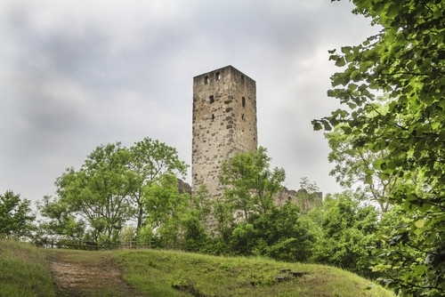 Niederhaus-Ruine in Bayern