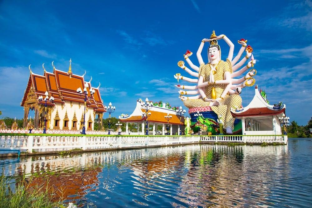 Wat Plai Laem Tempel 18 Händen Gottesstatue Koh Samui