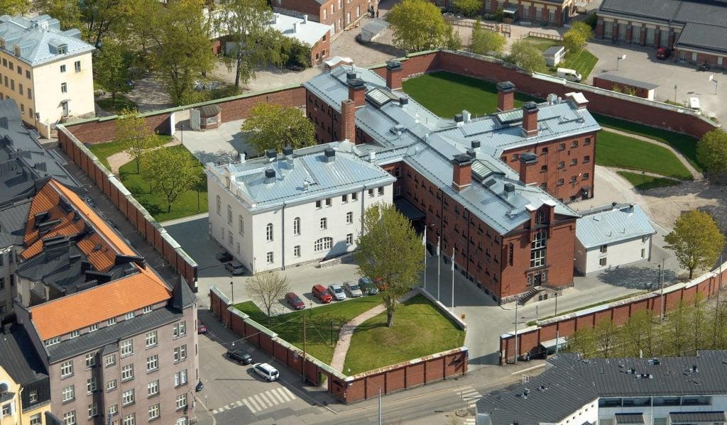 Das Gefängnis Katajanokka ist heute ein modernes Hotel, in den Hotelzimmern verraten nur noch die schweren Metalltüren die Geschichte des Hauses.