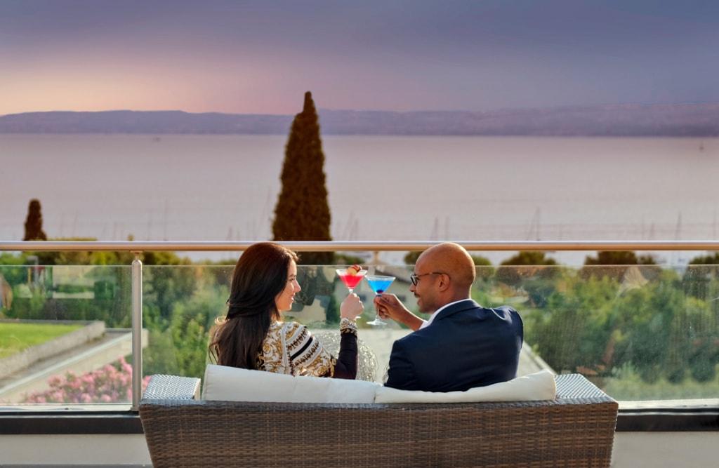Das Parc Hotel Germano am Gardasee lockt mit einem tollen Blick.