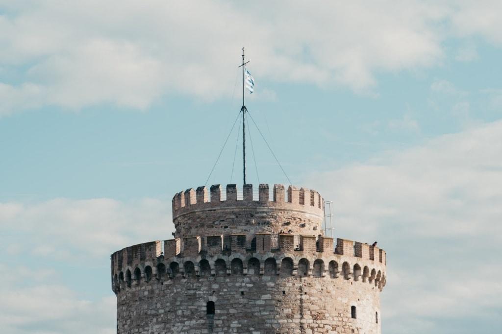Der weiße Turm ist das Wahrzeichen von Thessaloniki.