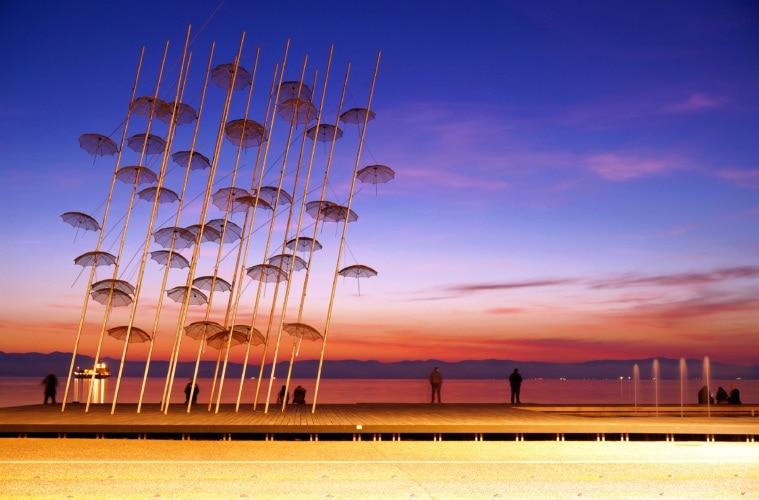 Regenschirm-Installation in Thessaloniki