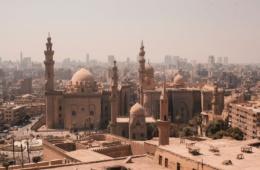Blick auf Gebäude in Kairo, der Hauptstadt Ägyptens