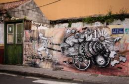 Grafitti auf einer Mauer in La Laguna auf Teneriffa