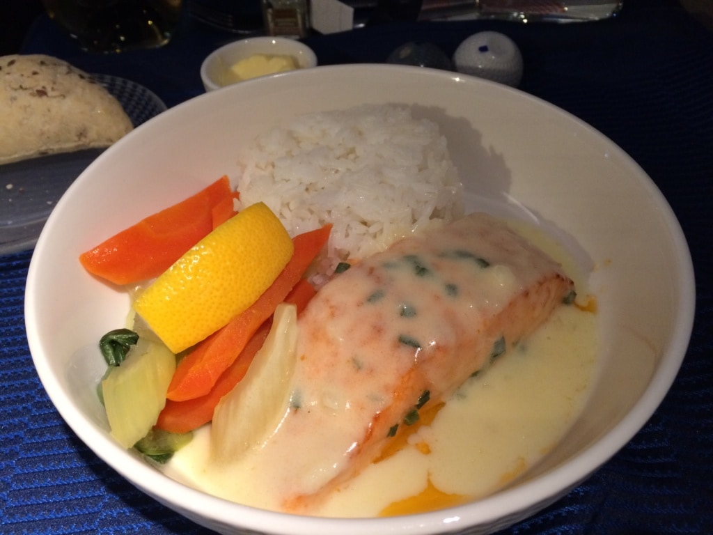 Hauptgericht in der United Polaris Business Class
