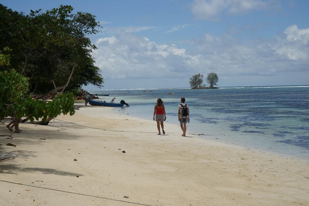 Urlaub auf den Seychellen: Strand von La Digue