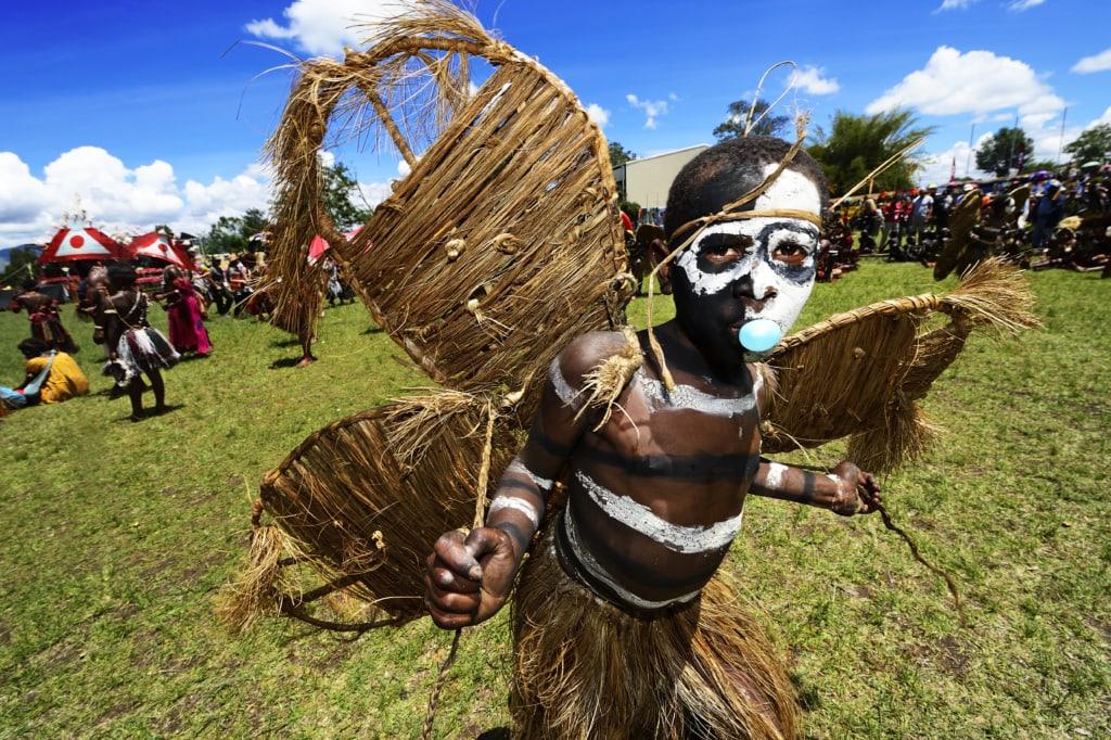 Die Hochland-Stämme aus dem Schmetterlingstal präsentieren sich beim jährlichen Sing-Sing von Goroka, Papua-Neuguinea, Ozeanien