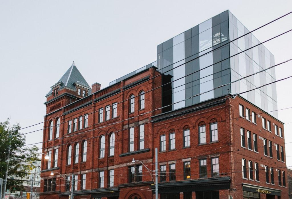 Das Gebäude des The Broadview Hotel hat so vieles erlebt im Laufe der Geschichte, 2017 wurde es zum Hotel.