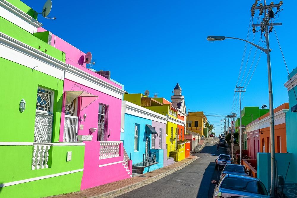 Bo-Kaap in Kapstadt erstrahlt in den knalligsten Farben.
