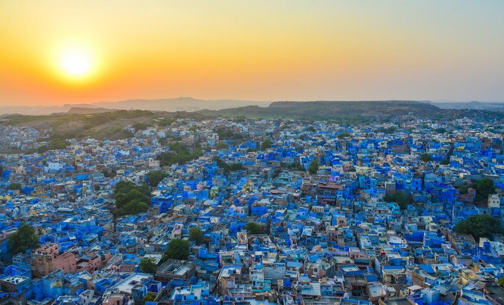 Um ihre Kaste zu zeigen, strichen Brahmanen früher ihre Häuser im indischen Jodhpur blau an.