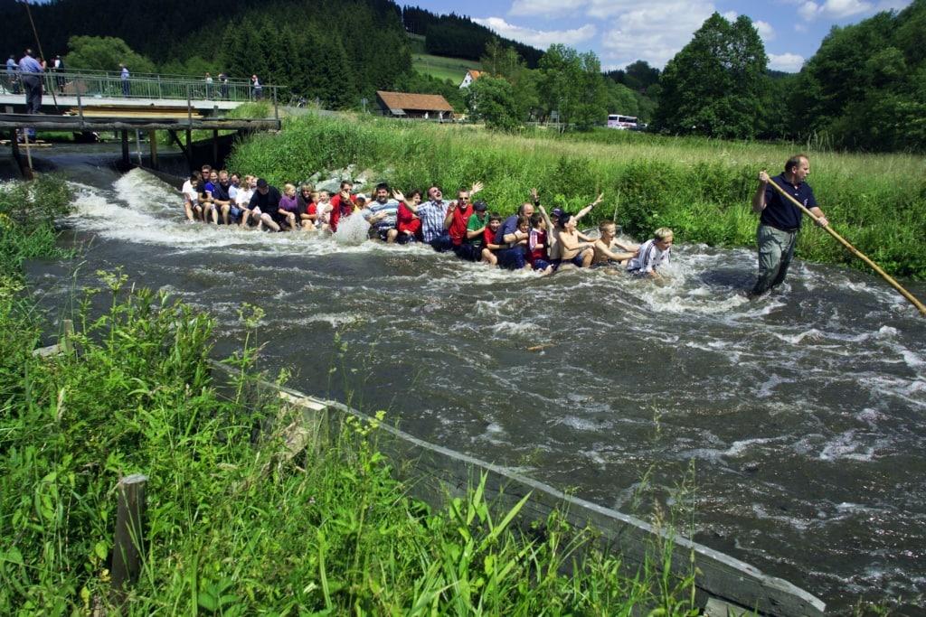 Floßfahrt auf der Wilden Rodach im Frankenwald