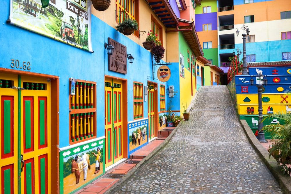 Die kleine Stadt Guatape in Kolumbien ist ein reinstes Fotografen-Paradies.