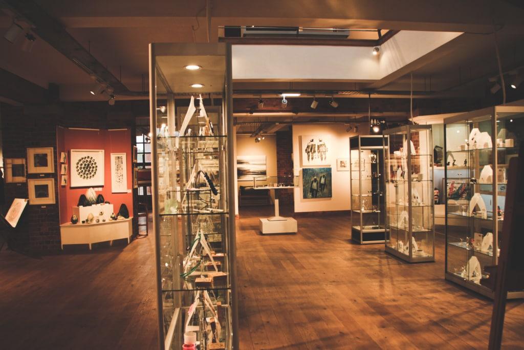 The Biscuit Factory ist eine kleine Galerie im kreativen Viertel Ouseburn