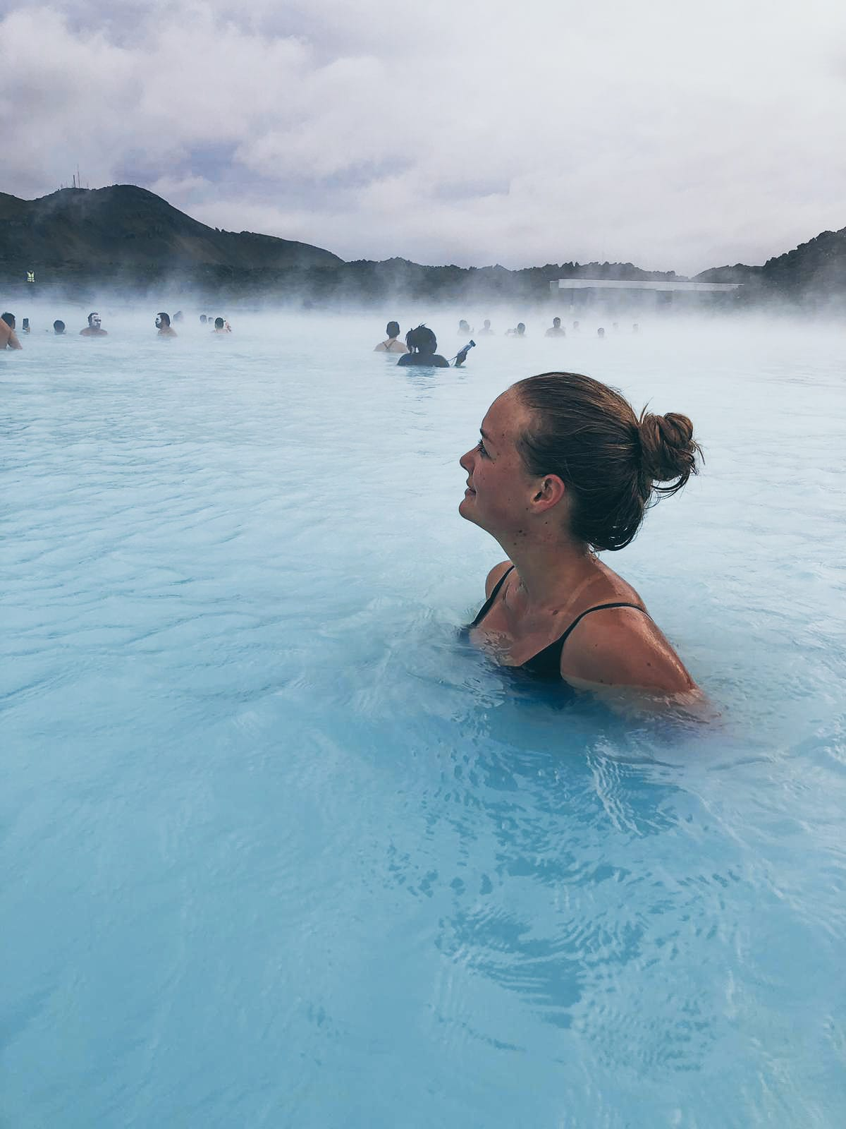 Redakteurin Linda in der blauen Lagune