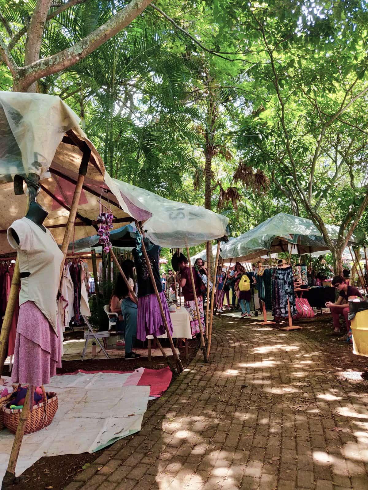Marktstände auf der Feria Verde in San Jose, Costa Rica