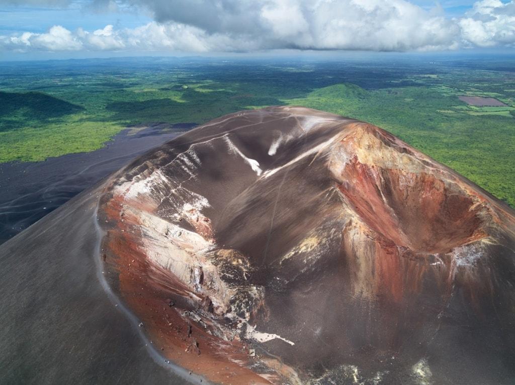 Der Cerro Negro in Nicaragua ist einer der aktivsten Vulkane des Landes.