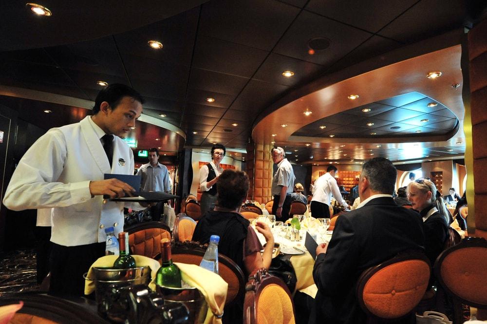 Kreuzfahrt-Tipps: keine Shorts im Restaurant