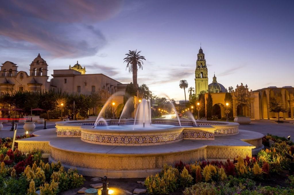 San Diegos Balboa Park bei Dämmerung