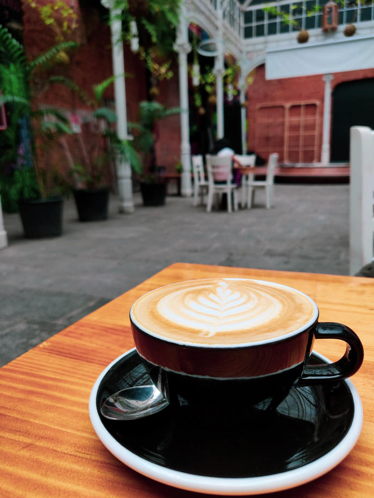 Cappuccino in schönem Café in San Jose