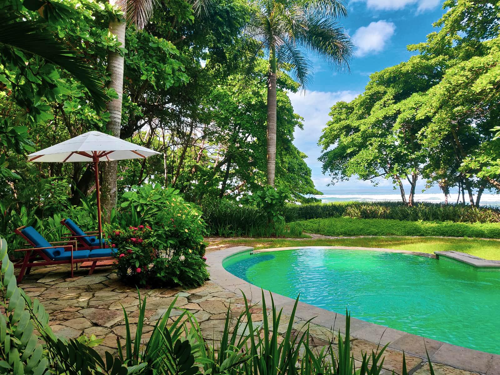 Pool im Latitude 10 Resort in Santa Teresa, Costa Rica