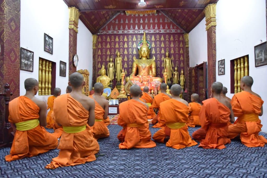 Mönche bei Pakse in Laos