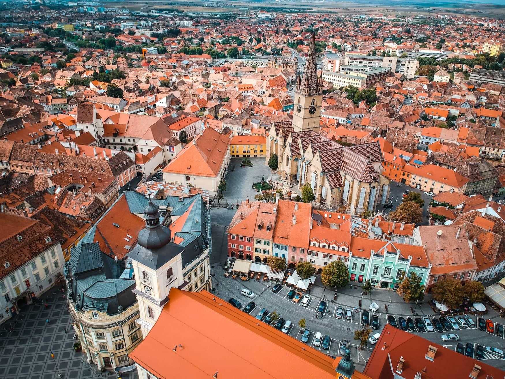 Blick über die Altstadt von Sibiu in Rumänien