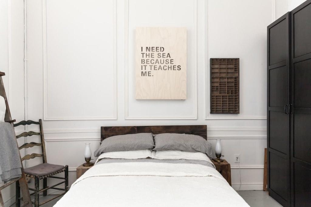 Schlafzimmer einer Airbnb-Wohnung in Toronto